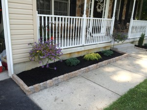 8-26-14_landscaping_after_09a